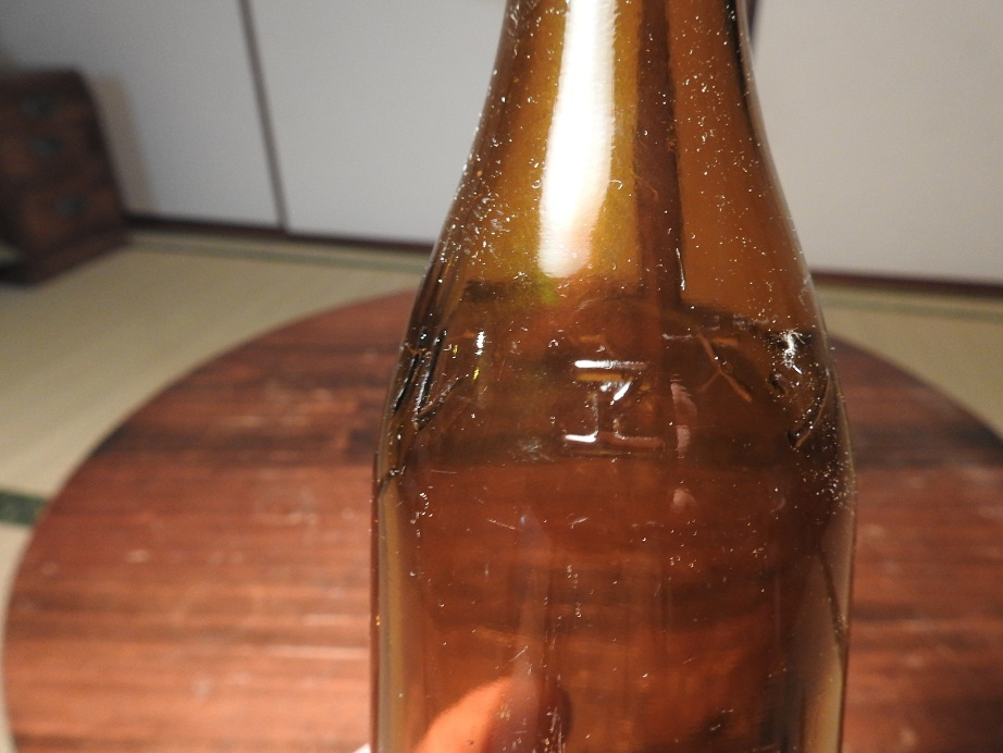 シヱルトックスの瓶_c0353716_22003944.jpg