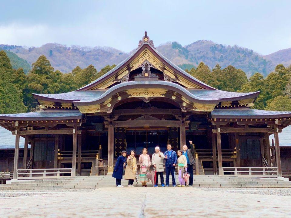 導かれて…弥彦神社へ_a0126418_14415131.jpg