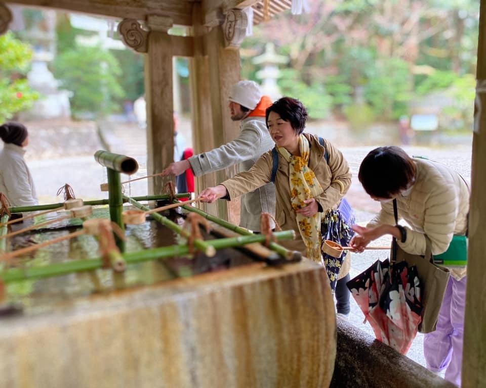 導かれて…弥彦神社へ_a0126418_15193602.jpg