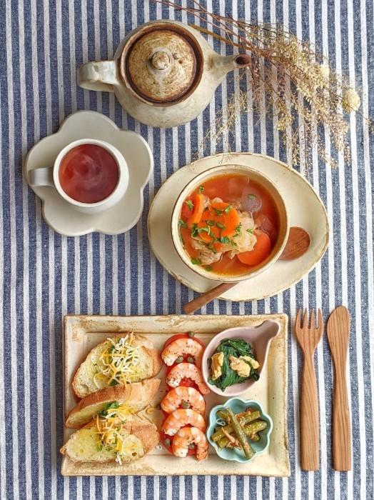 トマトスープ朝ごはん_b0277136_08363969.jpg