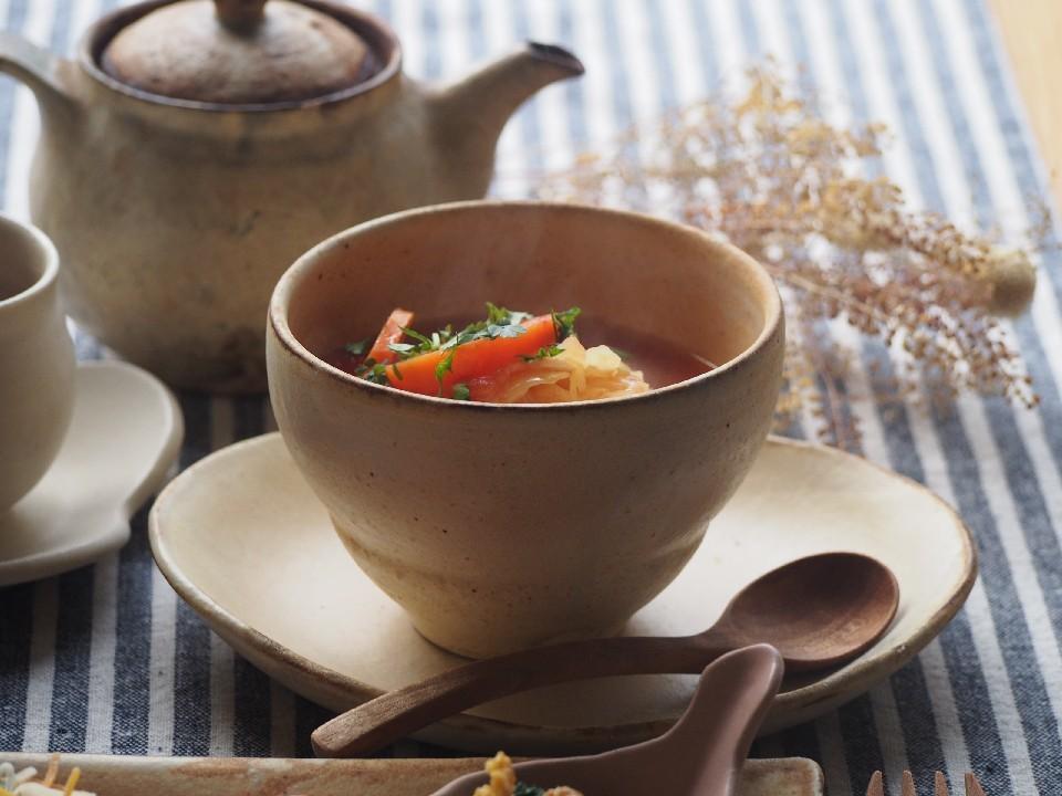 トマトスープ朝ごはん_b0277136_08371115.jpg