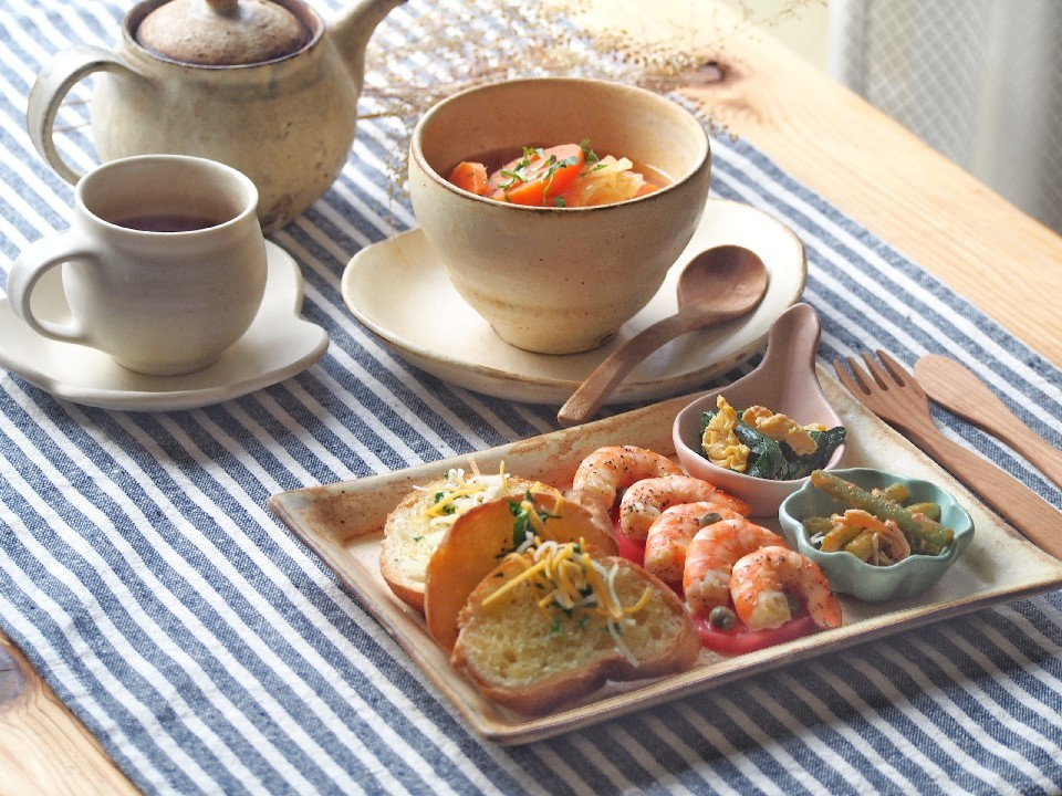 トマトスープ朝ごはん_b0277136_08371197.jpg
