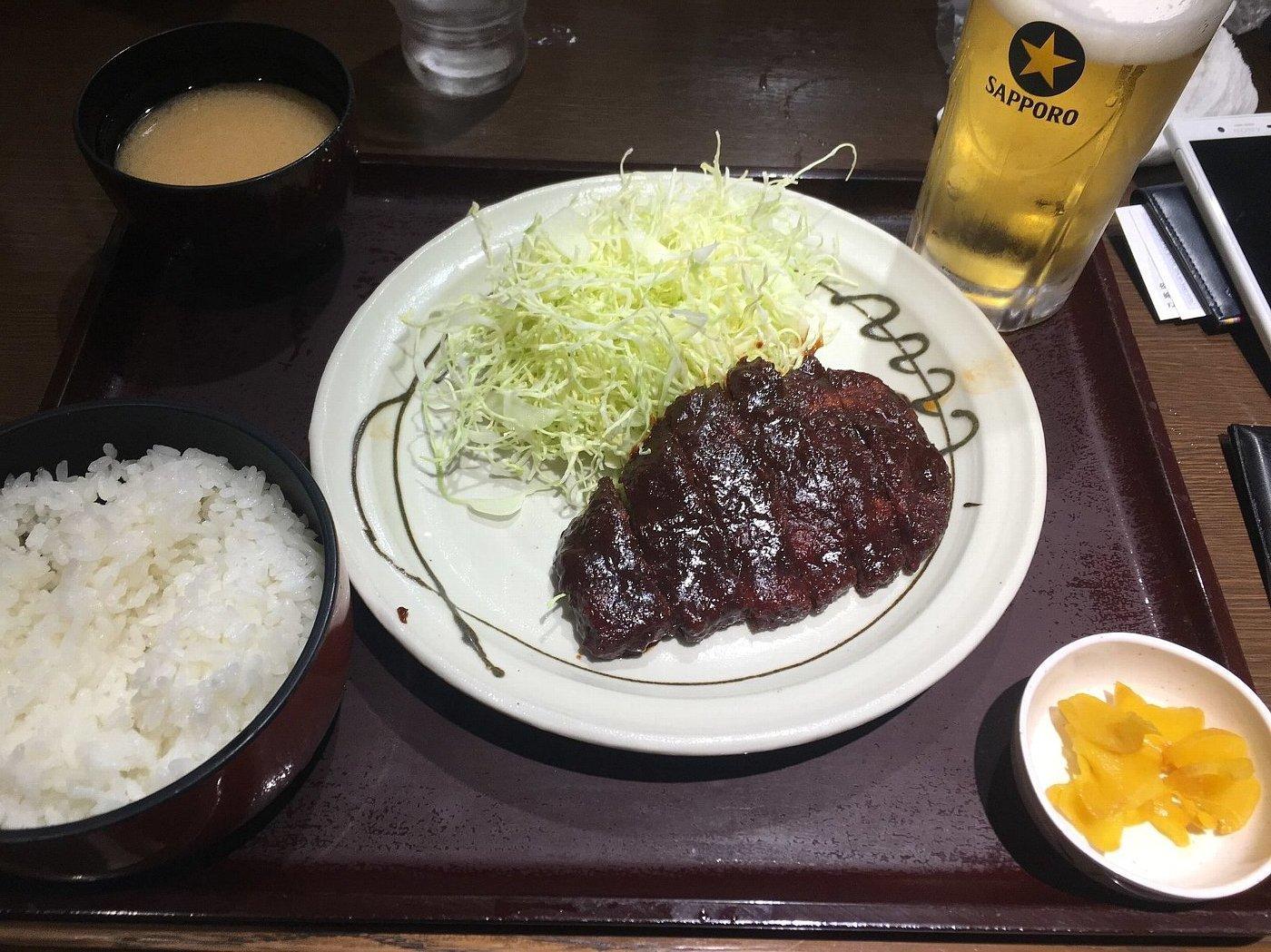 名古屋駅で昼食_c0112559_08160671.jpg