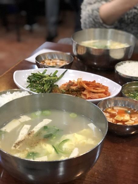 ソウルの旅はおあずけ・・・記憶旅③ 最初のご飯は_b0060363_16205244.jpeg