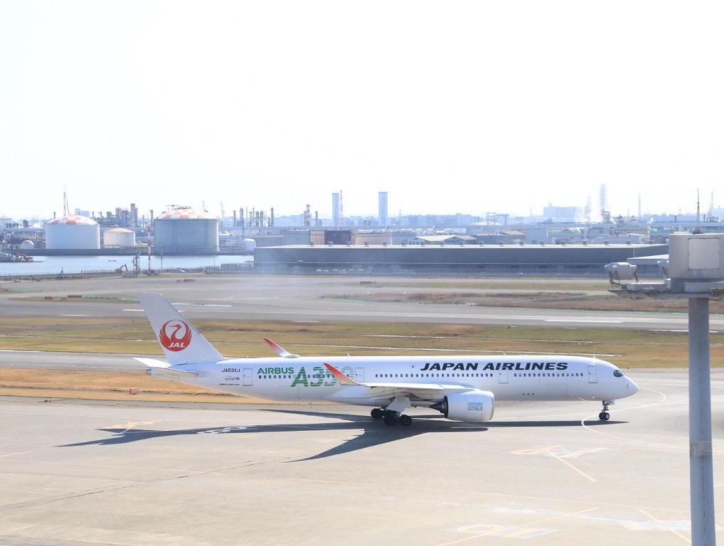 JAL エアバス350-900 3月11日_d0202264_1627463.jpg
