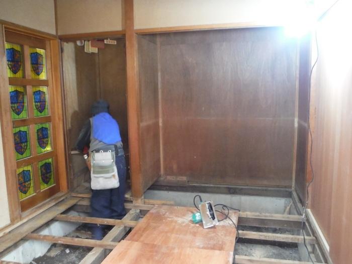 床上浸水 ~ 和室4.5畳間の工事。_d0165368_01490990.jpg