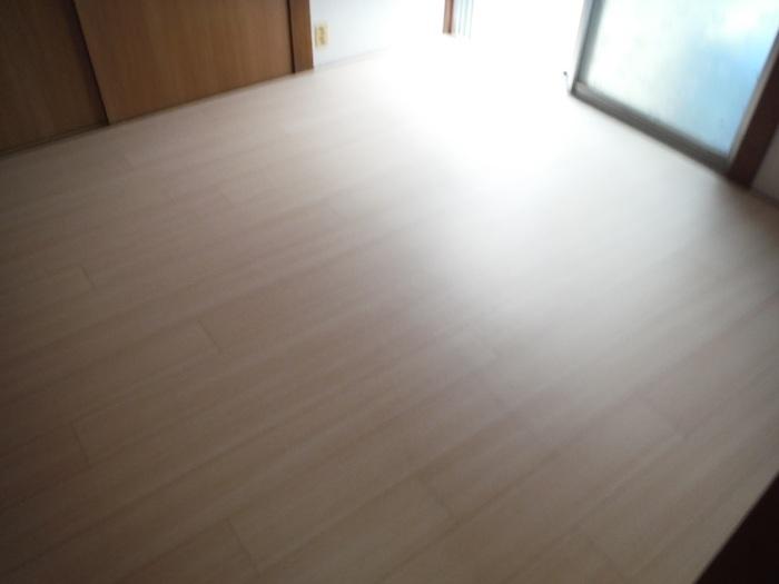 床上浸水 ~ 和室4.5畳間の工事。_d0165368_01503572.jpg