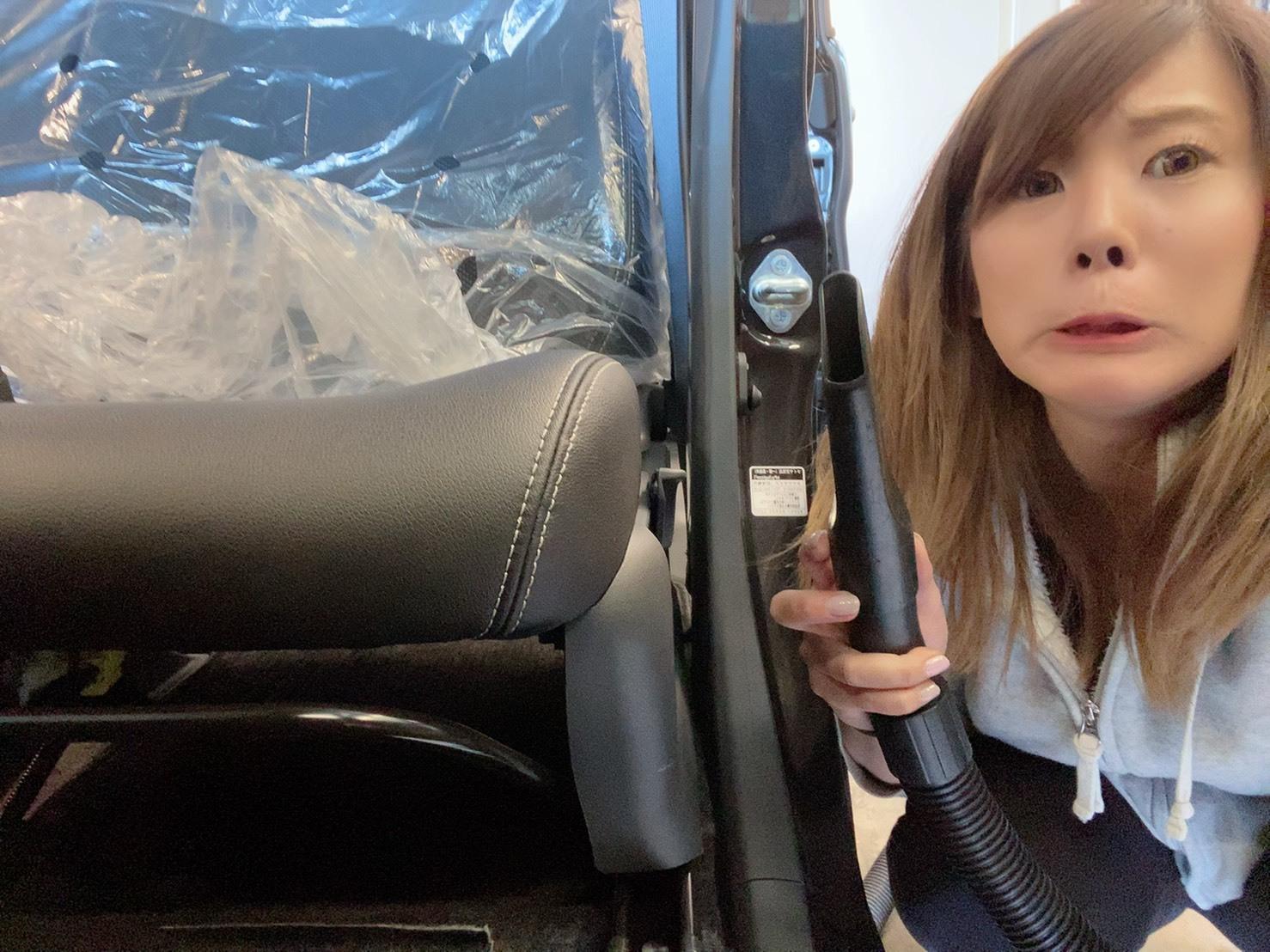 3月31日(火) 本店ブログ♪平成29年式 アウディTT Sクーペ 4WDあります☆彡_b0127002_18582747.jpg