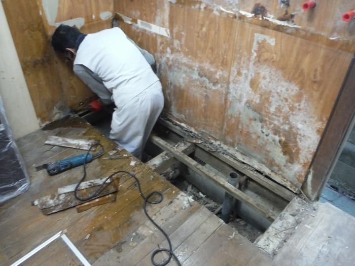 床上浸水 ~ キッチン工事。_d0165368_03584273.jpg