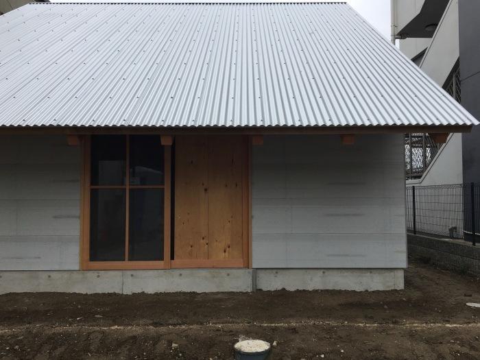 現場報告 inh house 養生も剥がれてきました 西尾市_b0207676_19211403.jpeg