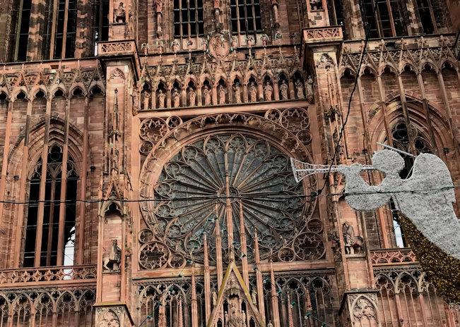ストラスブール大聖堂(Cathedrale Notre Dome de Strasbourg) ♪_a0143686_16025896.jpg