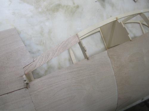 1/3ミニモア 2a 物語 その8 胴体前部胴枠外板貼り_e0146402_19095854.jpeg