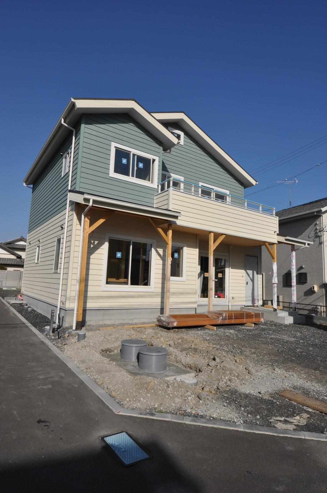 藤枝市k邸様新築工事カルフォルニアスタイルな新築完成間近_d0126654_06255947.jpg