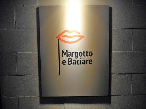 西麻布「マルゴット エ バッチャーレ」へ行く。_f0232060_1705139.jpg
