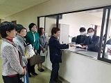 女性議員への辞職勧告は言論の自由を侵す(埼玉県日高市)_c0166264_13220693.jpg
