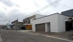 4角の家_e0001808_1427436.jpg