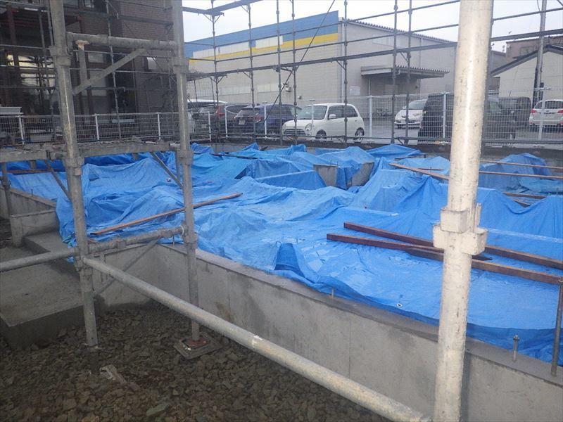 青山の家 建て替え工事 進行中。_f0105112_04584210.jpg