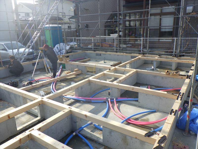 青山の家 建て替え工事 進行中。_f0105112_05025432.jpg