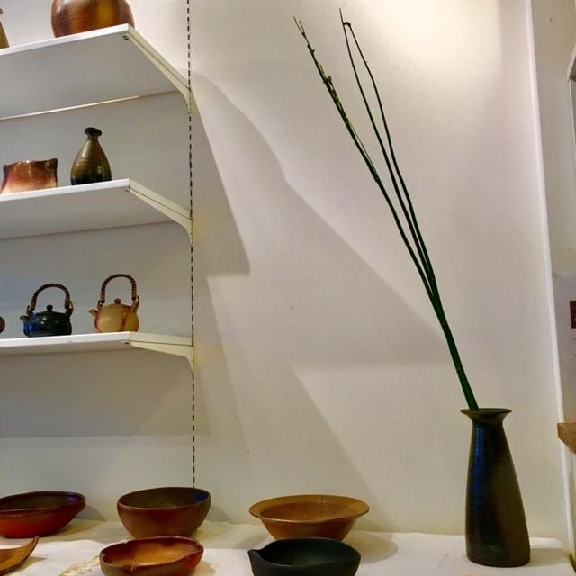 ギャラリー開催 ・James Erasmus 春の陶器展・_a0141134_15341751.jpg
