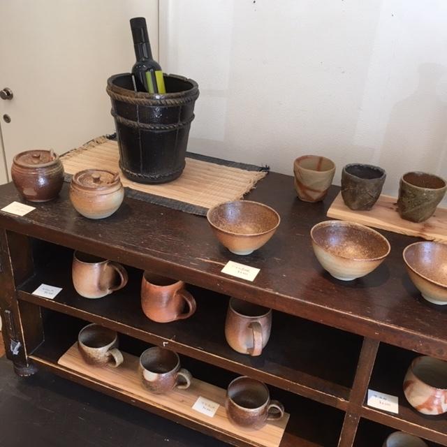 ギャラリー開催 ・James Erasmus 春の陶器展・_a0141134_15352311.jpg
