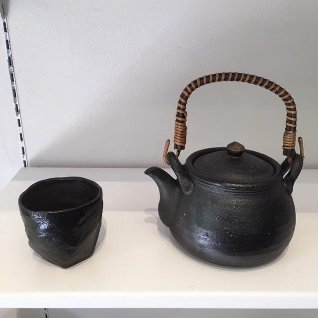 ギャラリー開催 ・James Erasmus 春の陶器展・_a0141134_15354635.jpg