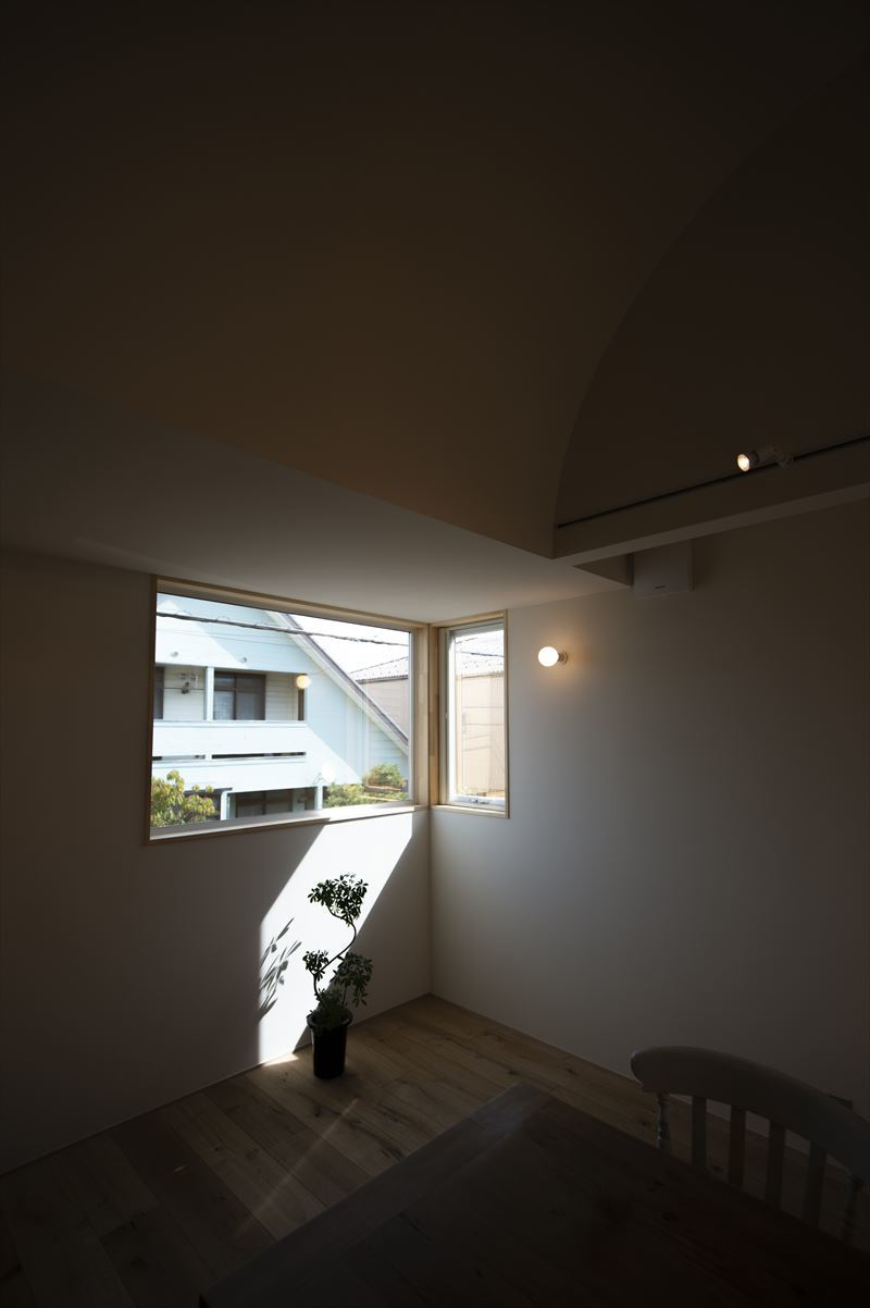 真砂の家の内観写真 竣工写真2_b0349892_08564018.jpg