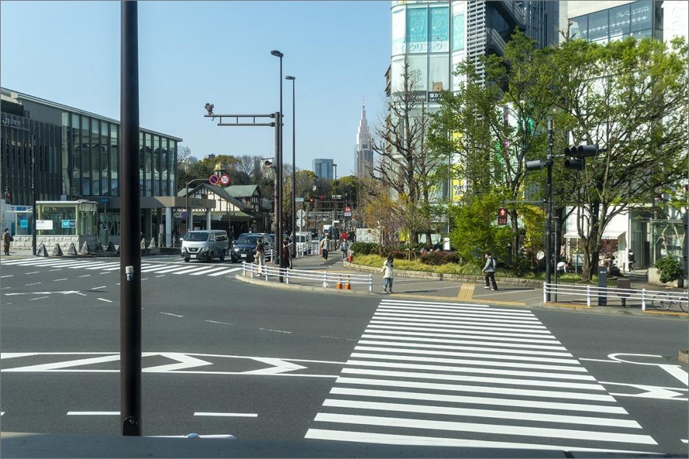 街は静かに…  4月2日(木) 6870_b0069507_01265592.jpg