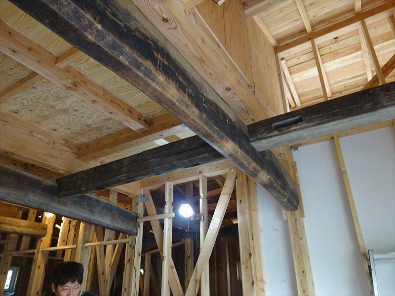 下太田 古材新築の家 大工工事進行中です。_f0105112_05022412.jpg