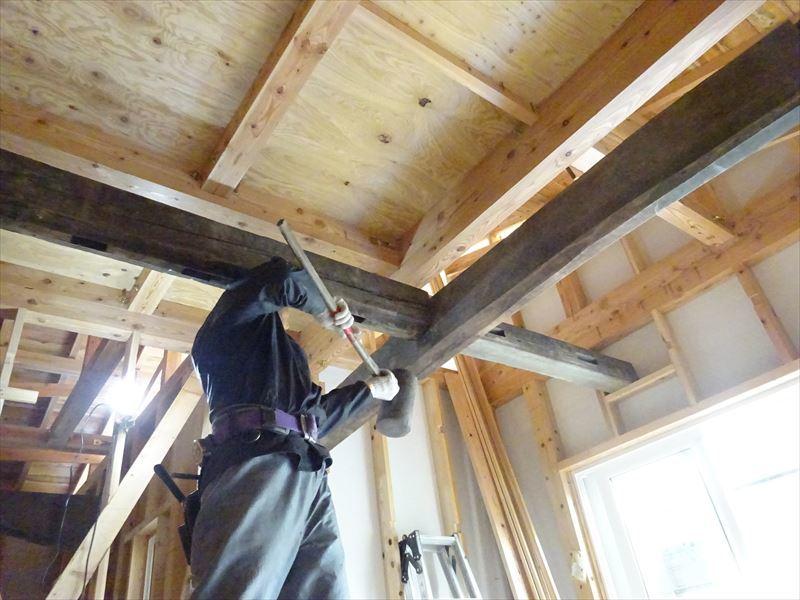 下太田 古材新築の家 大工工事進行中です。_f0105112_05022562.jpg
