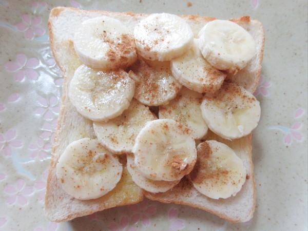【自作】バナナを使ったオープンサンド_c0152767_15360514.jpg