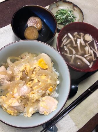 親子丼_d0235108_19284152.jpg