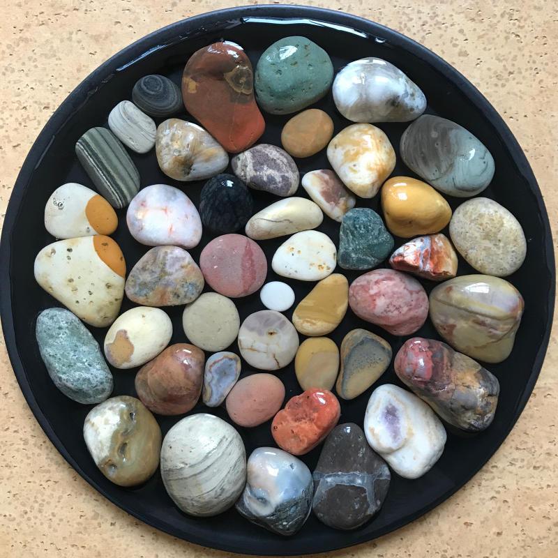 【海で拾った石】 2020年石拾い始め_f0169147_16450248.jpg