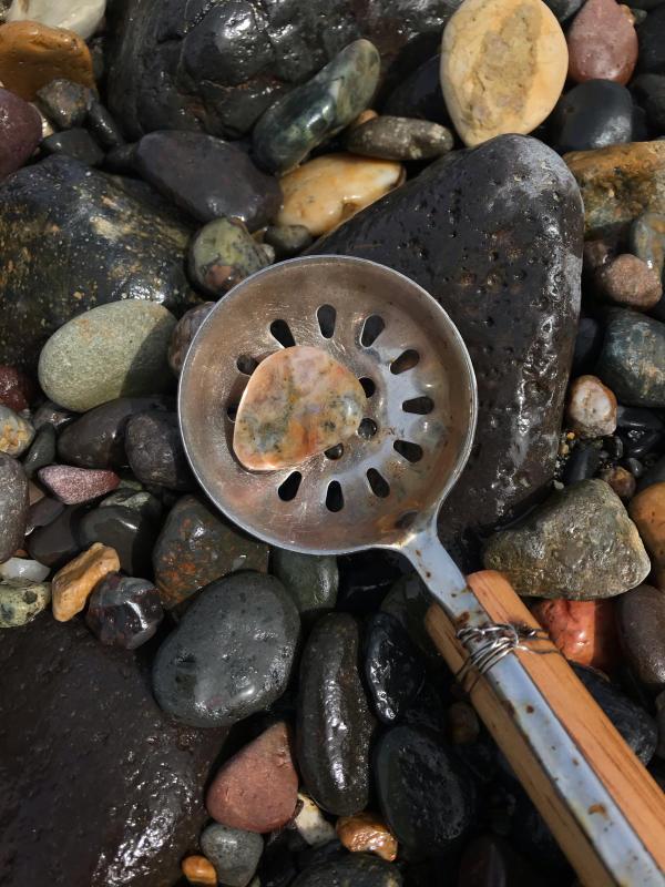 【海で拾った石】 2020年石拾い始め_f0169147_16452076.jpg