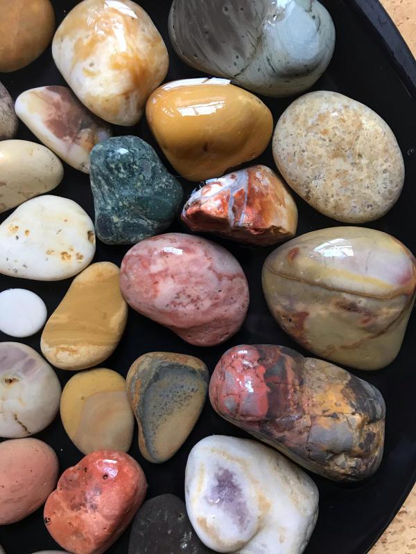 【海で拾った石】 2020年石拾い始め_f0169147_16523987.jpg