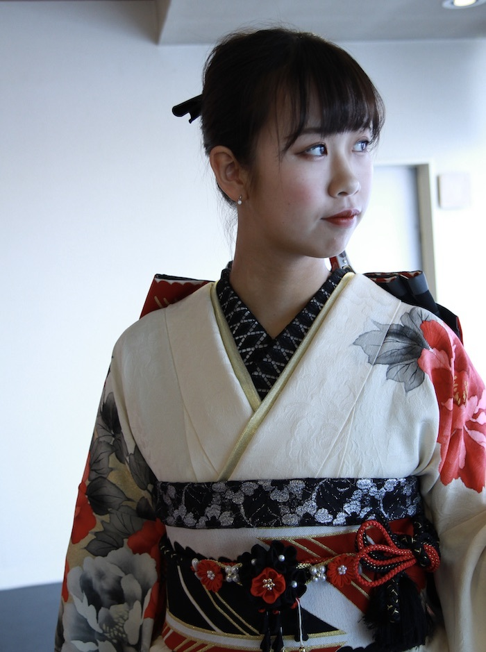 Mahimeちゃんの前撮り用振袖【試着画像】_d0335577_12382048.jpeg
