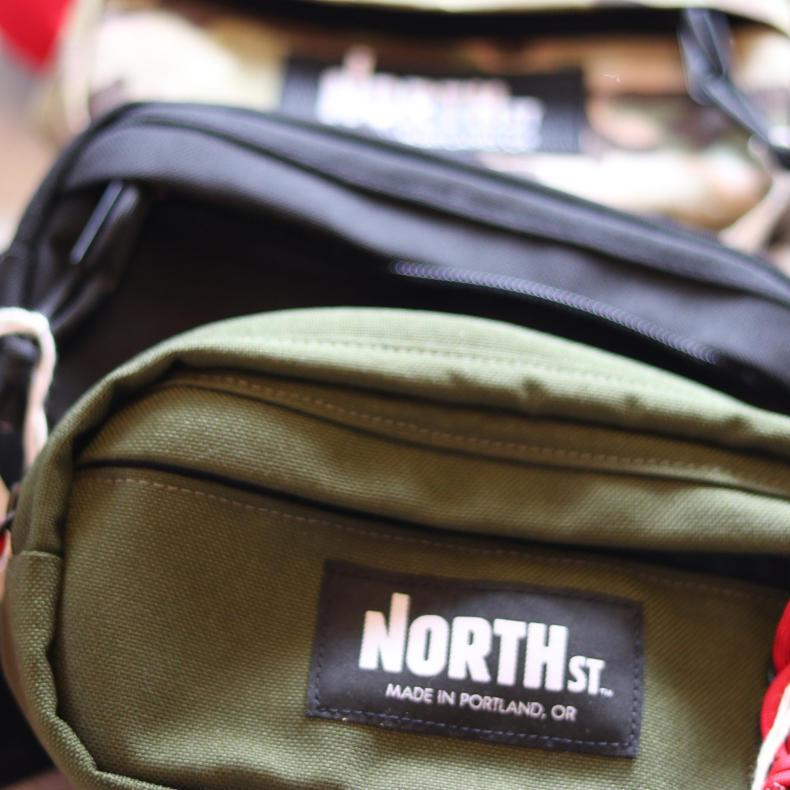 【NORTH ST.BAGS】PIONEER 8 HIP  BAG_d0000298_11341713.jpg
