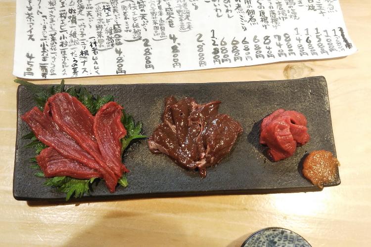 桜と菜の花は終わり近く新緑の季節が始まった - 2020年桜・小湊鉄道 -_b0190710_19353883.jpg