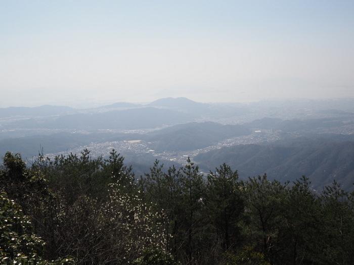 窓ヶ山登山(憩いの森登山口)_c0116915_00353206.jpg