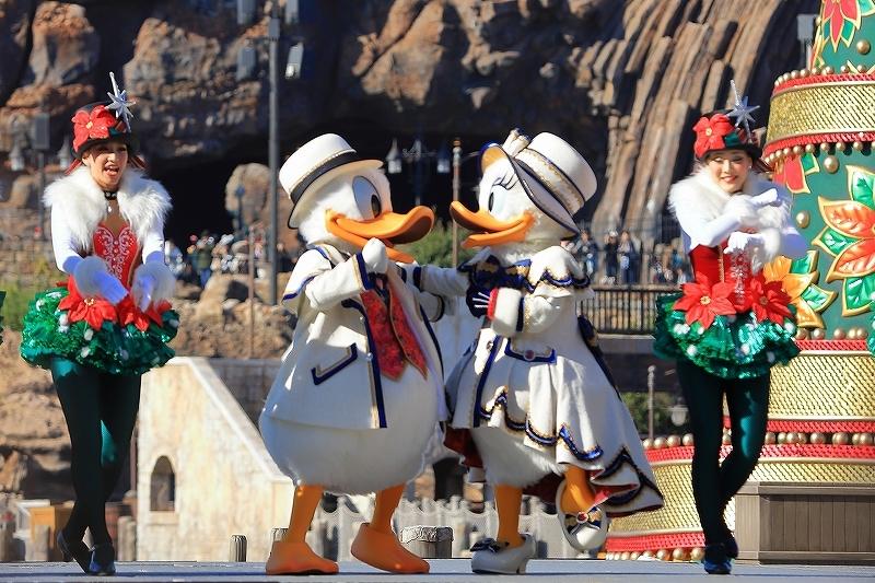 【東京ディズニーシー】- イッツ・クリスマスタイム -_f0348831_13461988.jpg