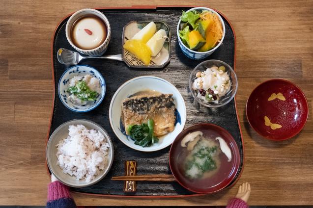 民藝と古い器のカフェ FUDAN でランチ_e0369736_10552437.jpg