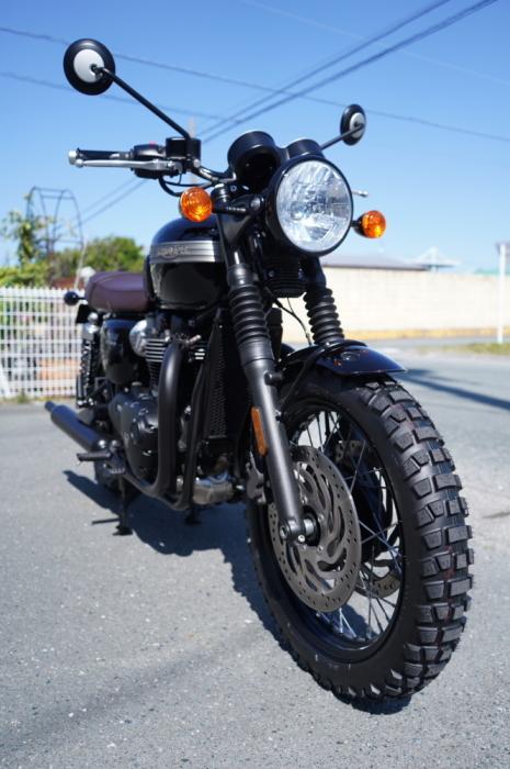 2019 Triumph Bonneville T120 Black_f0186648_10434848.jpg