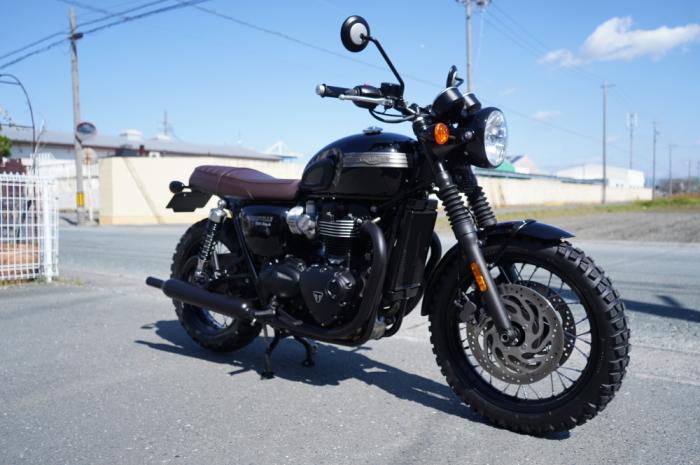 2019 Triumph Bonneville T120 Black_f0186648_10454399.jpg