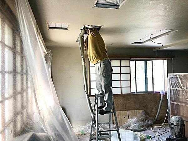 事務所改装工事 セルロース吹き込み_c0019551_17003659.jpg