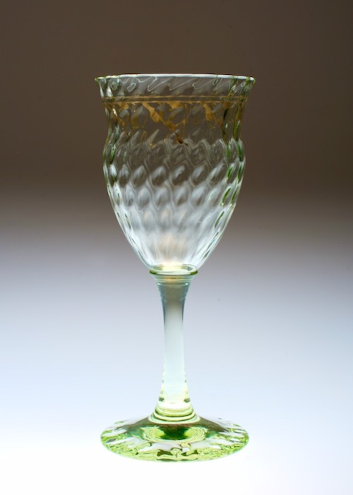 Emile Galle Gold Paint Green Wine Glass _c0108595_22514066.jpeg
