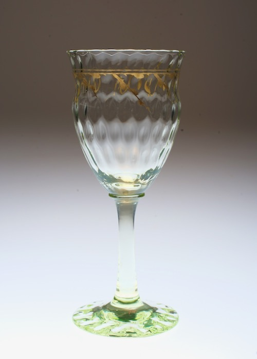 Emile Galle Gold Paint Green Wine Glass _c0108595_22553107.jpeg