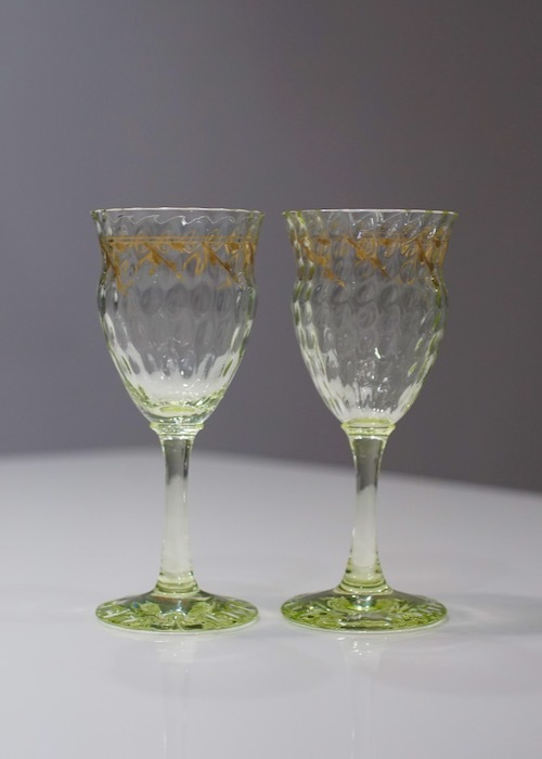 Emile Galle Gold Paint Green Wine Glass _c0108595_23021466.jpeg