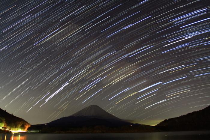 令和2年3月の富士 (27) 精進湖の天の川と富士_e0344396_00041446.jpg
