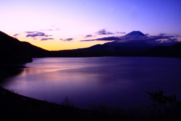 令和2年3月の富士 (28) 本栖湖の日の出の富士_e0344396_18215517.jpg
