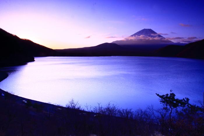 令和2年3月の富士 (28) 本栖湖の日の出の富士_e0344396_18215613.jpg