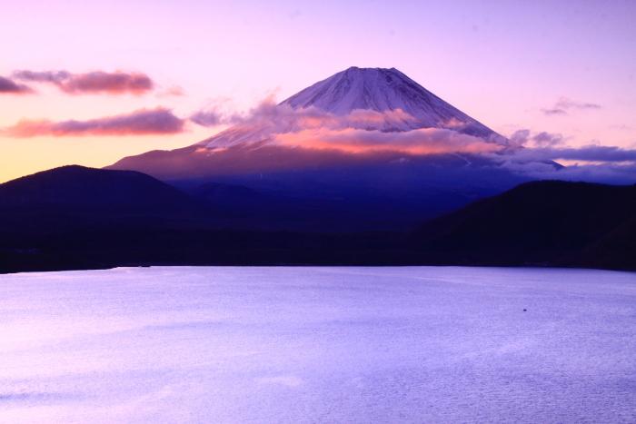 令和2年3月の富士 (28) 本栖湖の日の出の富士_e0344396_18215643.jpg